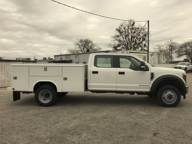 2019 F-450 Crew Cab DRW 4x4,  Reading Service Body #KED30157 - photo 3
