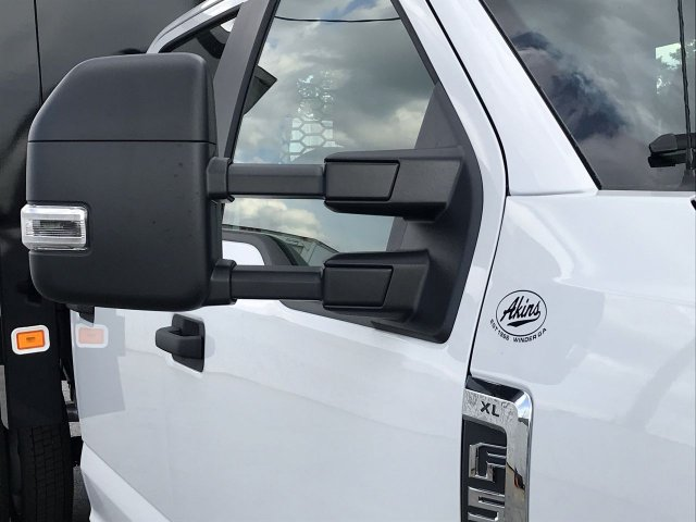 2019 F-550 Crew Cab DRW 4x4,  Knapheide Platform Body #KEE13840 - photo 10