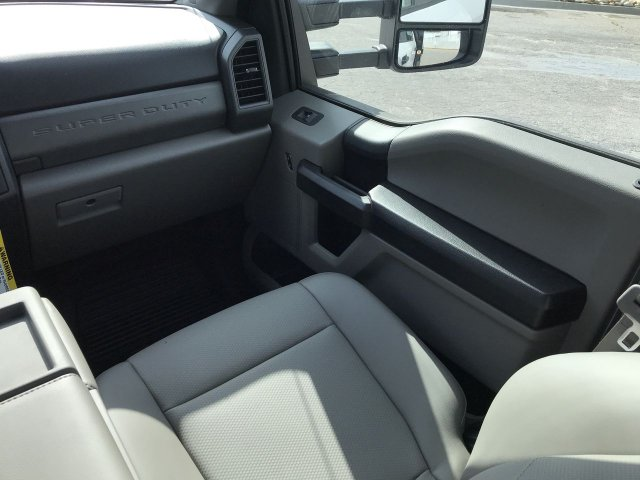 2019 F-550 Crew Cab DRW 4x4,  Knapheide Platform Body #KEE13840 - photo 14