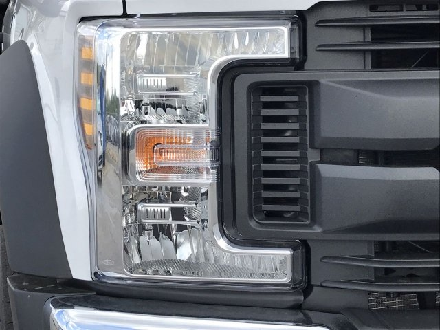 2019 F-550 Crew Cab DRW 4x4,  Knapheide Platform Body #KEE13840 - photo 8