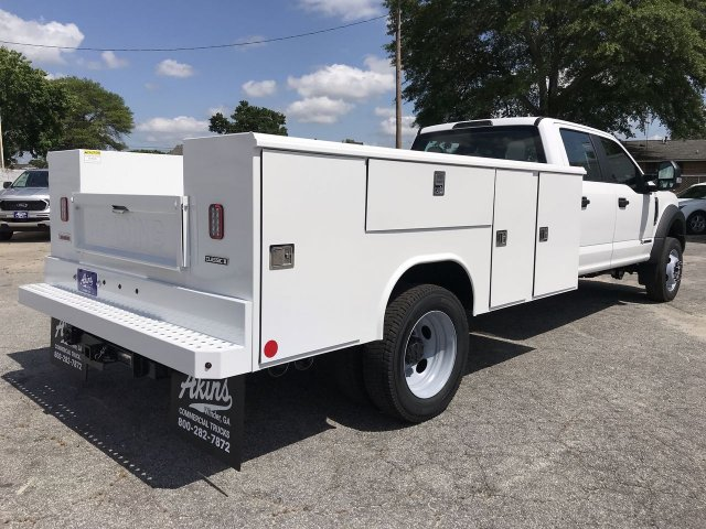 2019 F-450 Crew Cab DRW RWD,  Reading Service Body #KEE60103 - photo 2