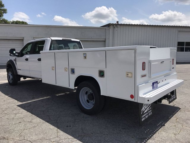2019 F-450 Crew Cab DRW RWD,  Reading Service Body #KEE60103 - photo 4