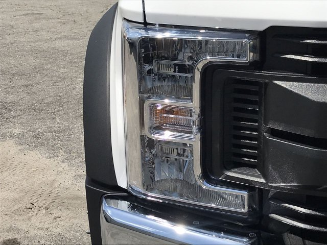 2019 F-450 Crew Cab DRW RWD,  Reading Service Body #KEE60103 - photo 7