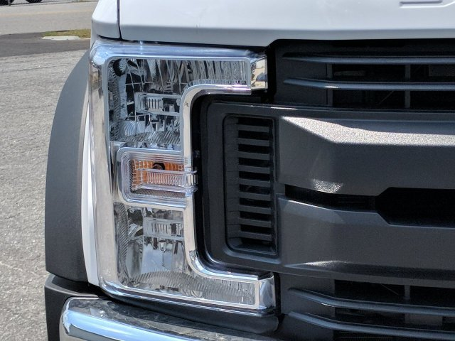 2019 F-550 Crew Cab DRW RWD,  Monroe Service Body #KEE60711 - photo 8