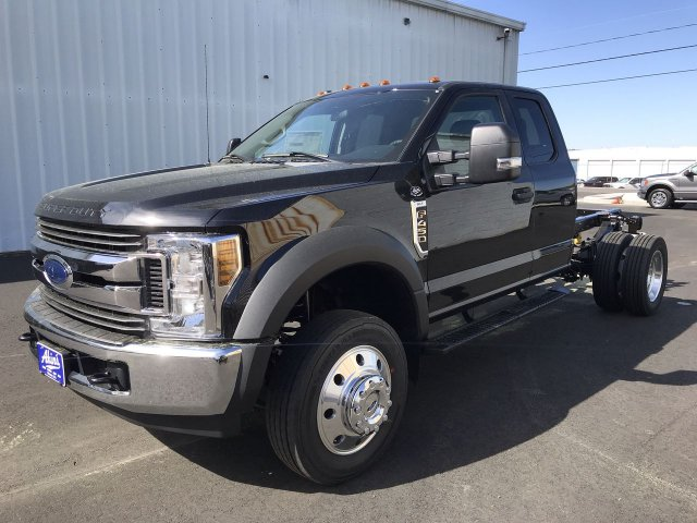2019 F-450 Super Cab DRW RWD,  Cab Chassis #KEE67654 - photo 1