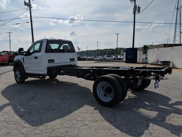 2019 F-550 Regular Cab DRW RWD,  Cab Chassis #KEE75998 - photo 3