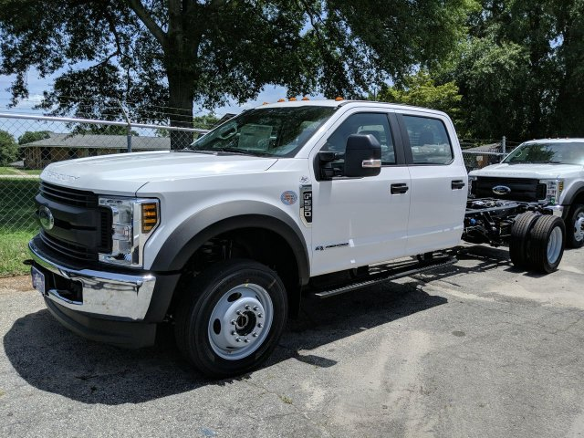 2019 F-550 Crew Cab DRW 4x4, Cab Chassis #KEF60302 - photo 1