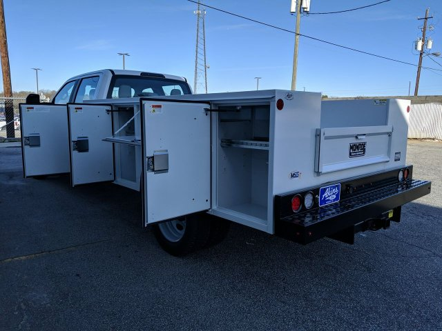 2019 F-550 Crew Cab DRW 4x4, Monroe Service Body #KEG79684 - photo 10