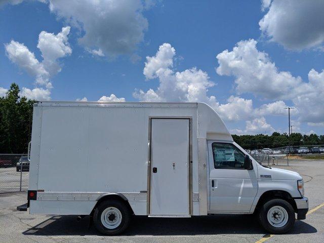 2021 Ford E-350 RWD, Cutaway #MDC01834 - photo 1