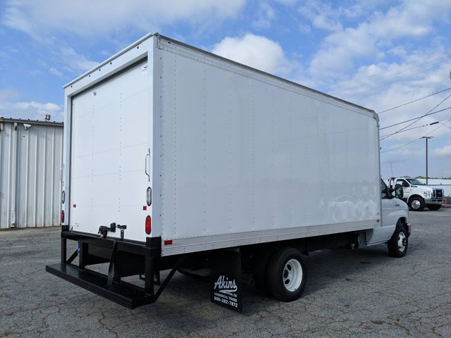 2021 Ford E-450 RWD, Smyrna Truck Dry Freight #MDC02982 - photo 1