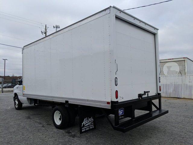 2021 Ford E-450 4x2, Smyrna Truck Cutaway Van #MDC27862 - photo 5