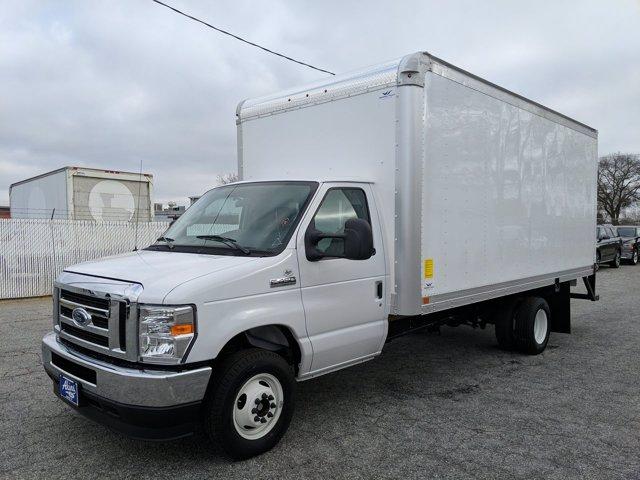 2021 Ford E-450 4x2, Smyrna Truck Cutaway Van #MDC27862 - photo 6