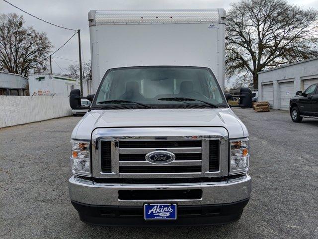 2021 Ford E-450 4x2, Smyrna Truck Cutaway Van #MDC27862 - photo 7