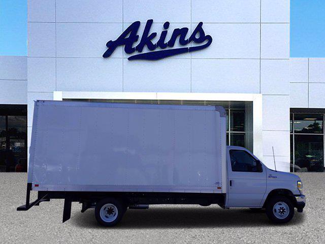 2021 Ford E-450 4x2, Smyrna Truck Cutaway Van #MDC38824 - photo 1