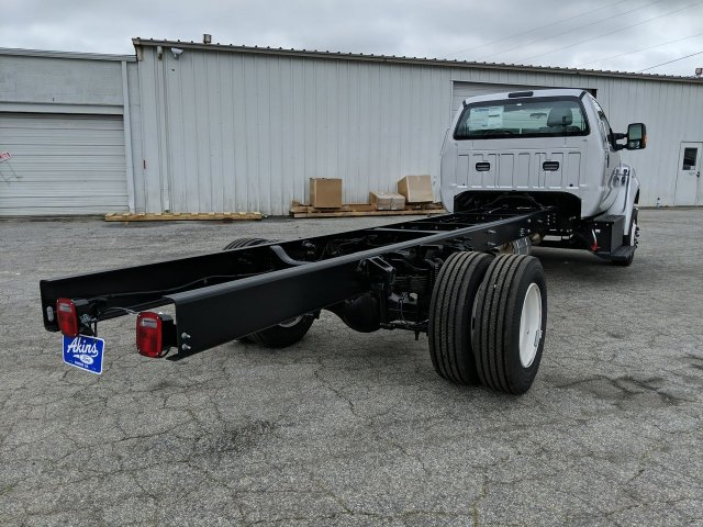 2021 Ford F-650 Regular Cab DRW 4x2, Cab Chassis #MDF00126 - photo 1