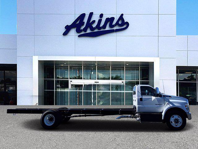2021 Ford F-650 Regular Cab DRW 4x2, Cab Chassis #MDF07094 - photo 1