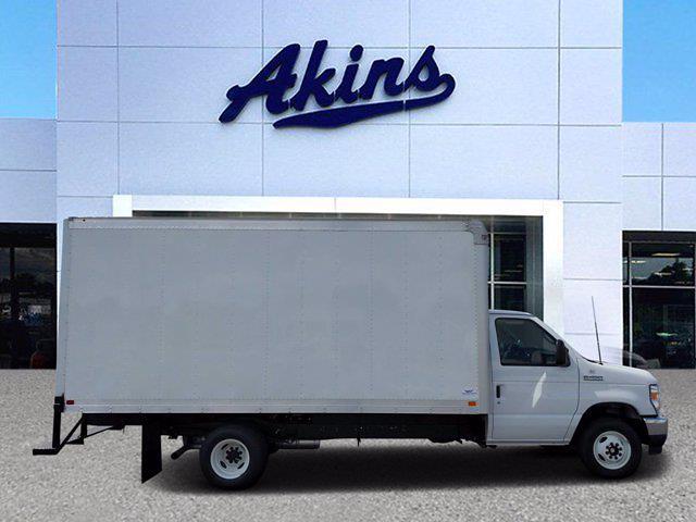2022 Ford E-450 4x2, Smyrna Truck Dry Freight #NDC04887 - photo 1