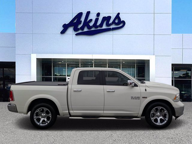 2018 Ram 1500 Crew Cab 4x2, Pickup #TS143622 - photo 1