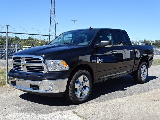 2017 Ram 1500 Crew Cab 4x4 Pickup #HG522843 - photo 1