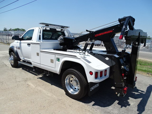 2017 Ram 5500 Regular Cab DRW, Wrecker Body #HG557217 - photo 2