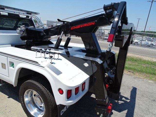 2017 Ram 5500 Regular Cab DRW, Wrecker Body #HG557217 - photo 5