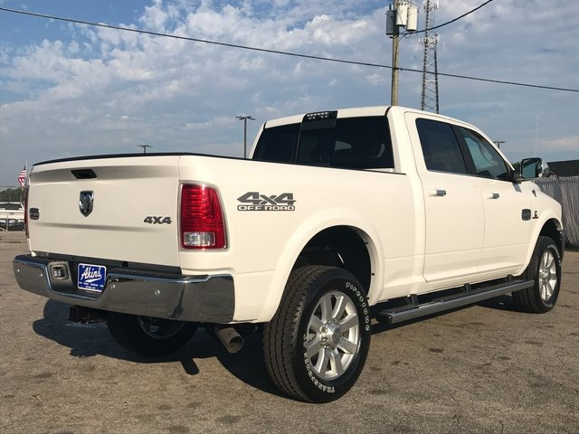 2017 Ram 2500 Crew Cab 4x4 Pickup #HG753443 - photo 2