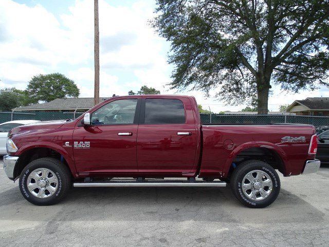 2017 Ram 2500 Crew Cab 4x4 Pickup #HG767445 - photo 4