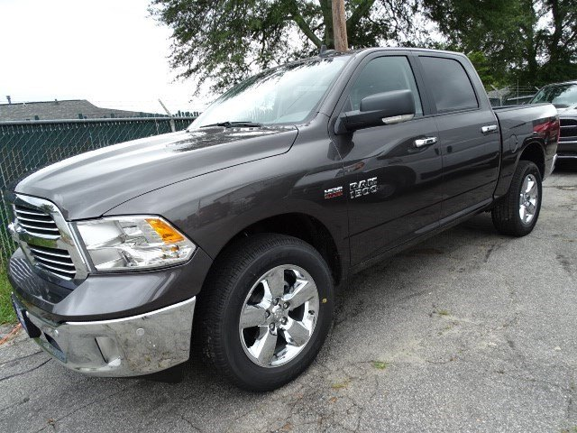 2017 Ram 1500 Crew Cab 4x4 Pickup #HG777626 - photo 1