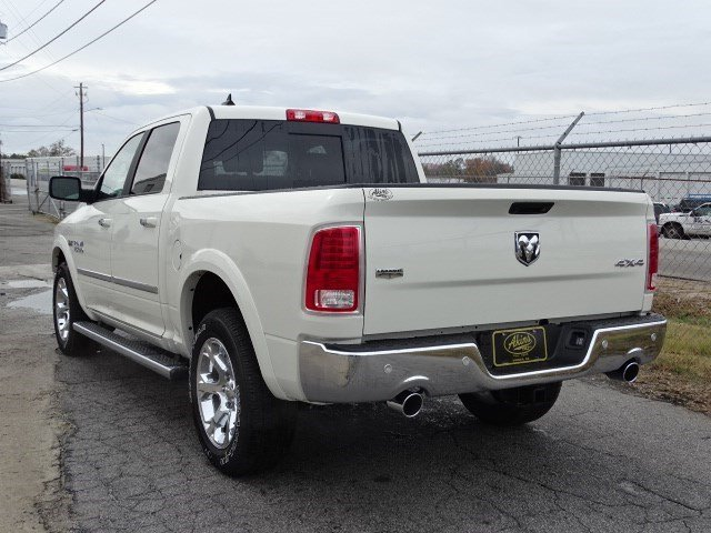 2017 Ram 1500 Crew Cab 4x4 Pickup #HS600621 - photo 2