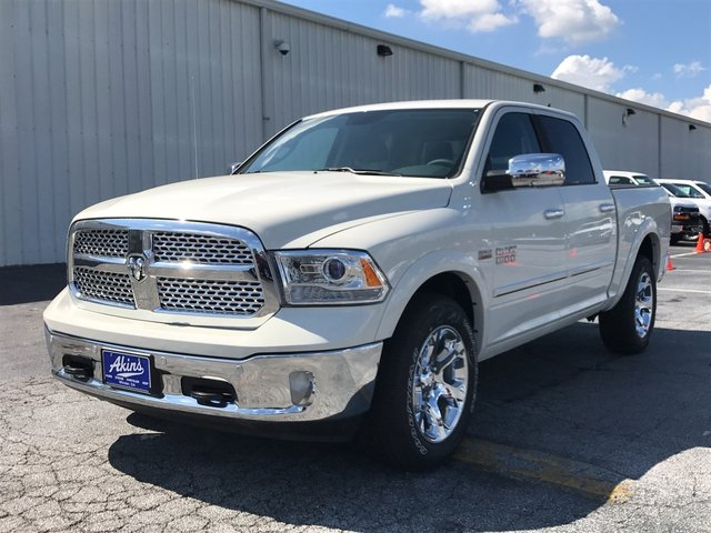 2017 Ram 1500 Crew Cab 4x4 Pickup #HS774309 - photo 6