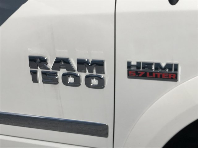 2017 Ram 1500 Crew Cab 4x4 Pickup #HS774309 - photo 11