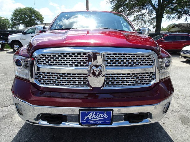 2017 Ram 1500 Crew Cab 4x4, Pickup #HS816539 - photo 3
