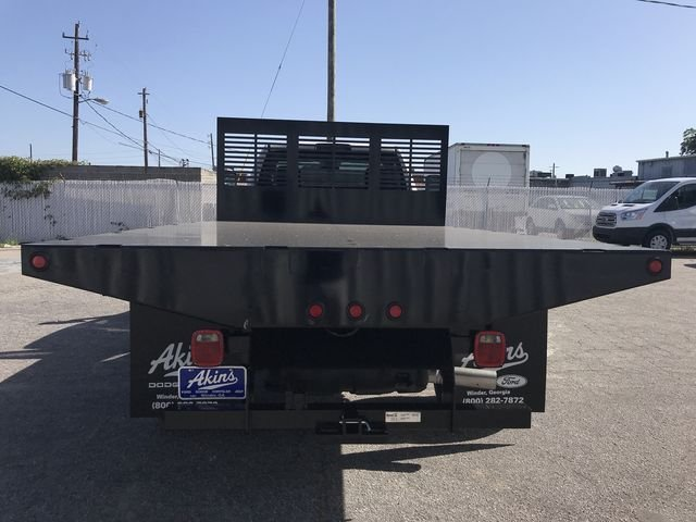 2018 Ram 5500 Regular Cab DRW 4x2,  Commercial Truck & Van Equipment CTVE Flat Bed Platform Body #JG103135 - photo 3