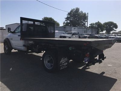 2018 Ram 5500 Regular Cab DRW 4x2,  Commercial Truck & Van Equipment CTVE Flat Bed Platform Body #JG103135 - photo 4