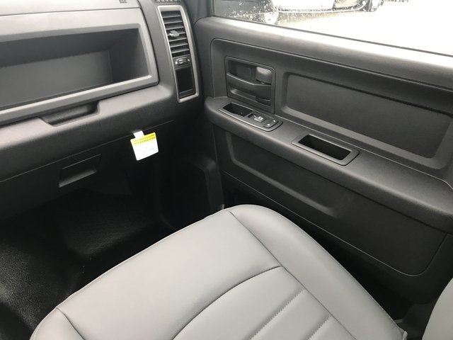 2018 Ram 3500 Crew Cab DRW 4x4, Warner Service Body #JG114342 - photo 14