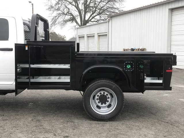 2018 Ram 5500 Crew Cab DRW 4x4, Knapheide Platform Body #JG141419 - photo 11