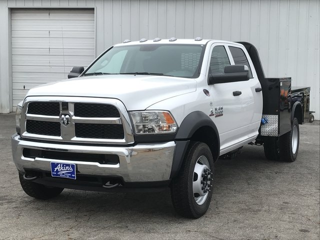 2018 Ram 5500 Crew Cab DRW 4x4, Knapheide Platform Body #JG141419 - photo 5