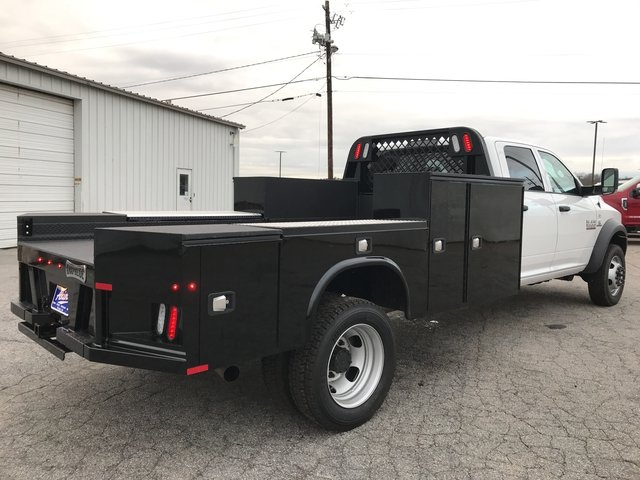 2018 Ram 5500 Crew Cab DRW 4x4, Knapheide Platform Body #JG145723 - photo 2