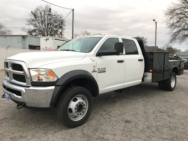2018 Ram 5500 Crew Cab DRW 4x4, Knapheide Platform Body #JG145723 - photo 5