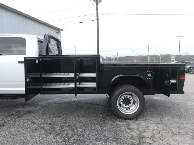 2018 Ram 5500 Crew Cab DRW 4x4, Knapheide Platform Body #JG157316 - photo 10
