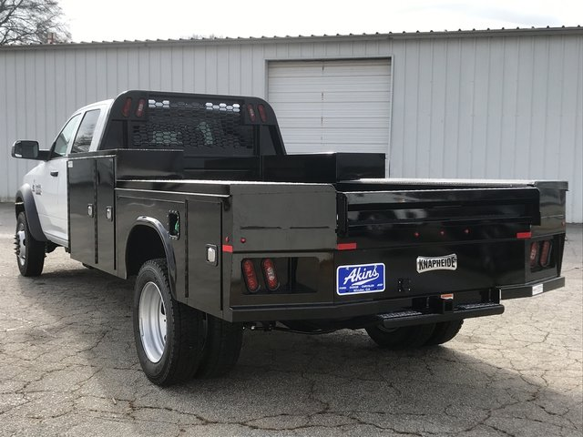 2018 Ram 5500 Crew Cab DRW 4x4, Knapheide Platform Body #JG157316 - photo 4