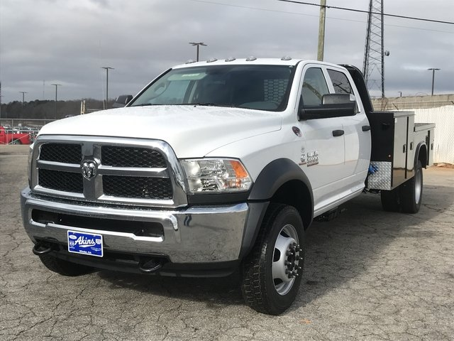 2018 Ram 5500 Crew Cab DRW 4x4, Knapheide Platform Body #JG157316 - photo 5