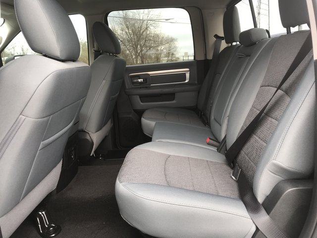 2018 Ram 1500 Crew Cab 4x4, Pickup #JG171795 - photo 11