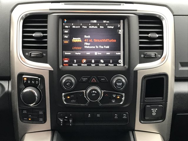 2018 Ram 1500 Crew Cab 4x4, Pickup #JG171797 - photo 15