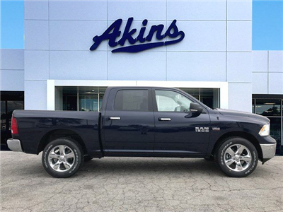 2018 Ram 1500 Crew Cab 4x4, Pickup #JG171799 - photo 1