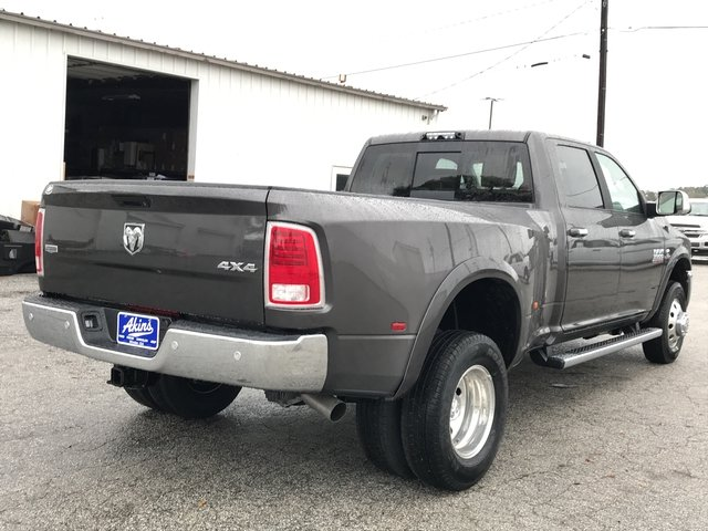 2018 Ram 3500 Crew Cab DRW 4x4 Pickup #JG172589 - photo 2
