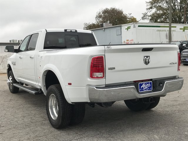 2018 Ram 3500 Crew Cab DRW 4x4 Pickup #JG172617 - photo 4