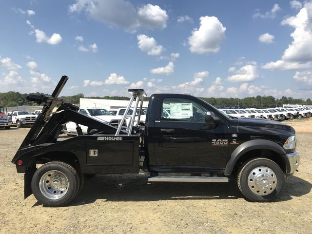 2018 Ram 4500 Regular Cab DRW 4x2,  Holmes Wrecker Body #JG173258 - photo 24