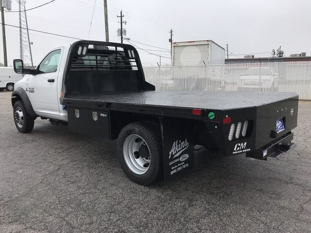 2018 Ram 5500 Regular Cab DRW 4x4, Platform Body #JG182281 - photo 3