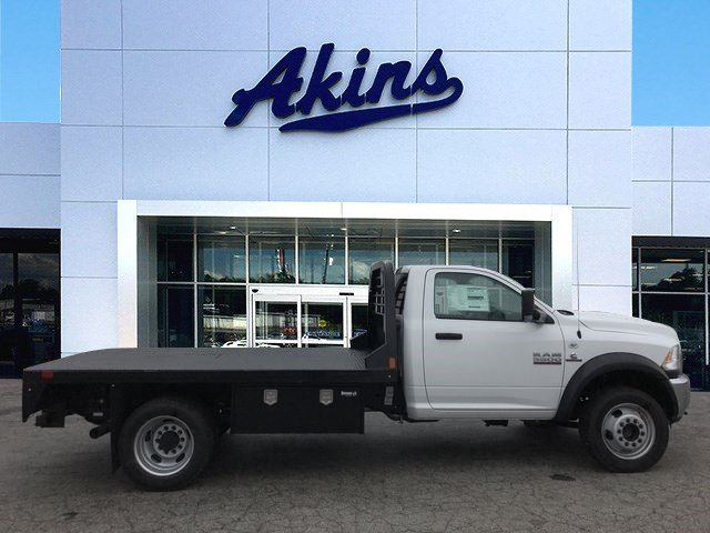 2018 Ram 5500 Regular Cab DRW 4x4, Platform Body #JG182281 - photo 20